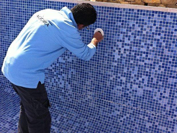 Détection de fuite piscine en béton à Marseille